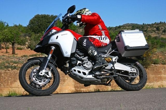 Ducati Multistrada Enduro perfil primer plano