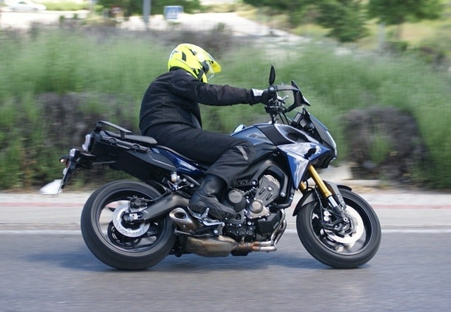 Yamaha MT 09 Tracer perfil