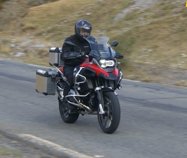 La BMW R1200GS, Adventure una de las trail más cómodas y versátiles.
