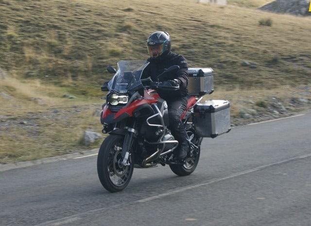 BMW R 1200 GS Adventure en ruta