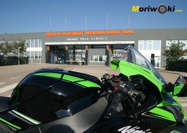 Kawasaki ZX10 entrada