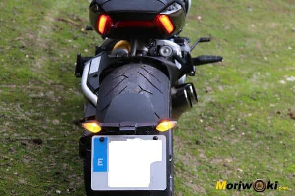 Ducati XDiavel 2016 luces atras