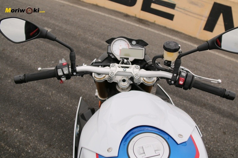 BMW S1000R manillar