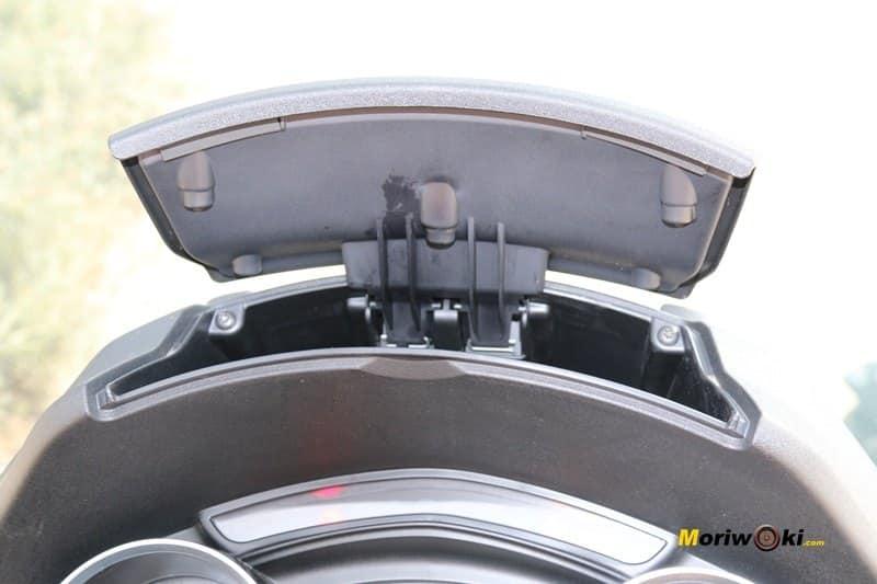 Piaggio MP3 500 LT Bussines guanteras