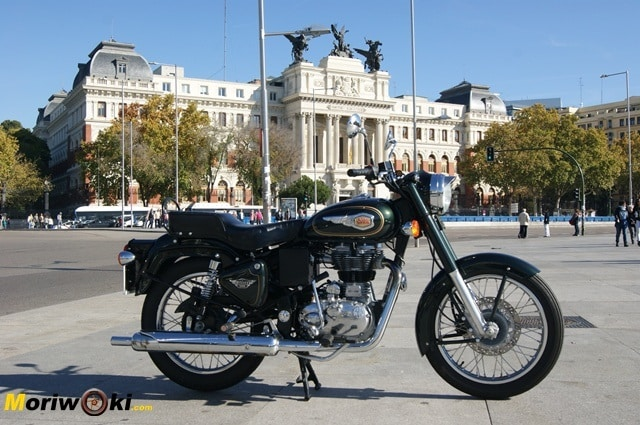 Royal Enfield madrid bullet 500Ministerio