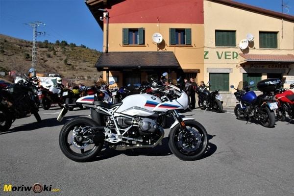 BMW R nine T Racer cruz verde