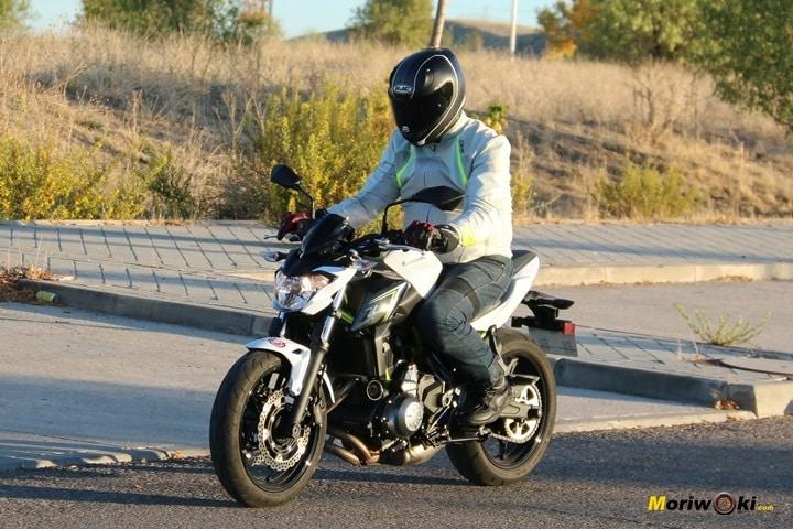 Kawasaki Z650-Ninja 650 101