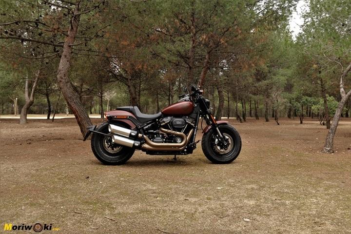 Las motos más cómodas, como la Harley Fat Bob, pero con el viento...