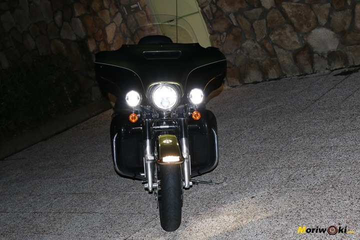 Harley Ultra limited noche
