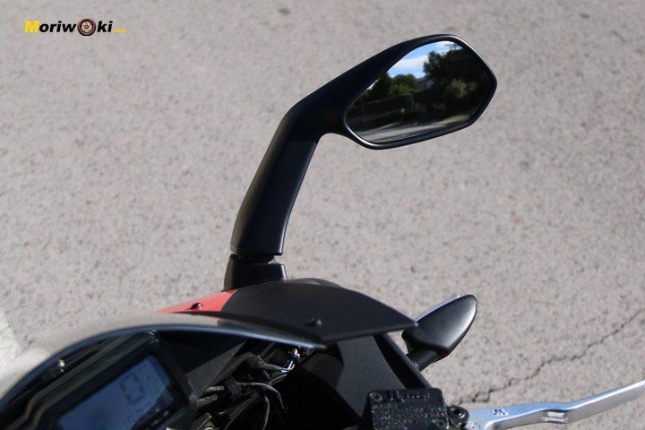 Prueba Aprilia RS 125 espejo