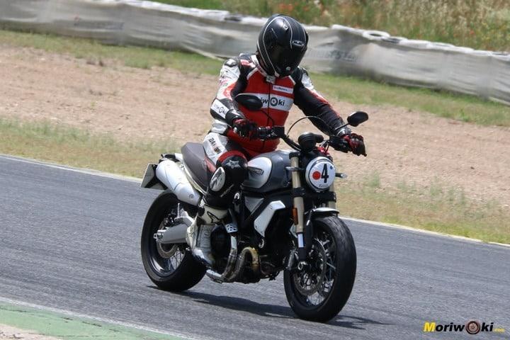 Ducati Scrambler 1100 Special Prueba detalle