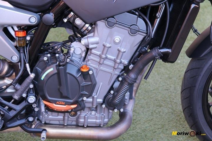 Pruebas KTM 790 Duke motor