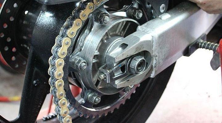 Desmontar cadena para mantenimiento