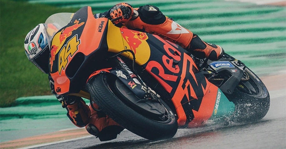 Pol Espargaró bajo la lluvia de Cheste en MotoGP