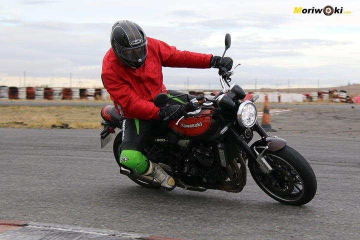 El aplomo de la Kawasaki Z900RS