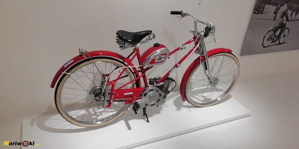 El Cucciolo, primera moto fabricada por Ducati en el museo