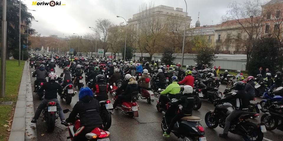 """Más de 7.000 moteros gritan """"Madrid en Moto Sí"""""""