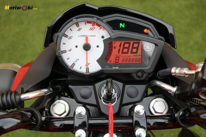 Instrumentación Yamaha YS125