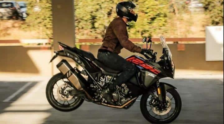 frenado de emergencia en moto