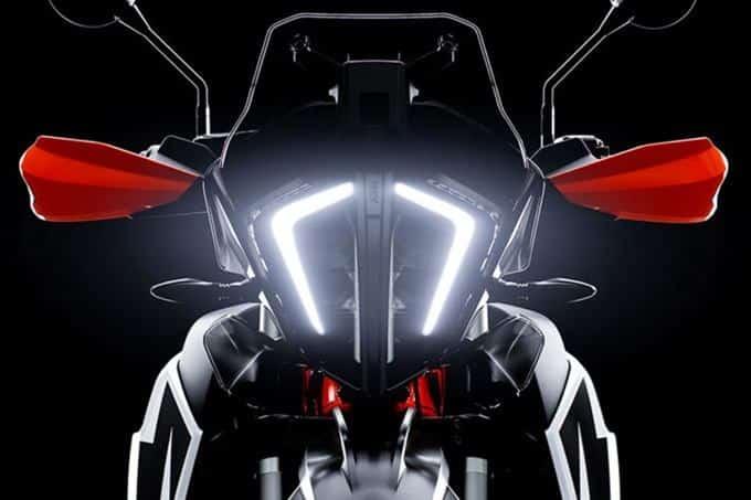 La luz de la KTM 790 Adventure