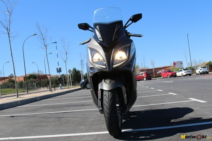 Frontal del Kymco Xciting 400