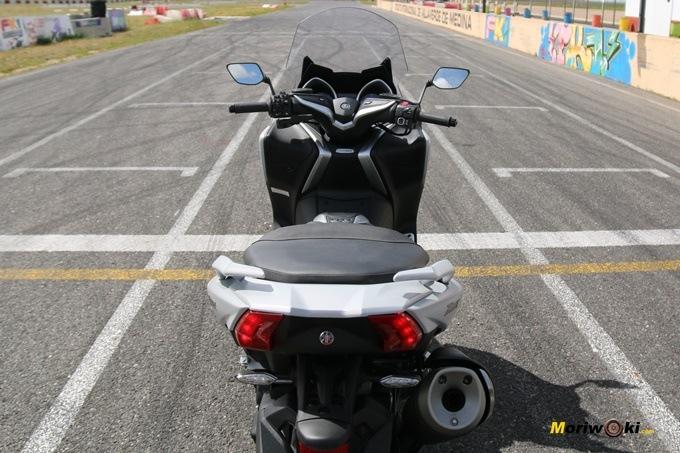 Posición sobre la Yamaha Tmax 530 DX.