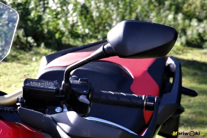 Retrovisor izquierdo del Honda X-ADV