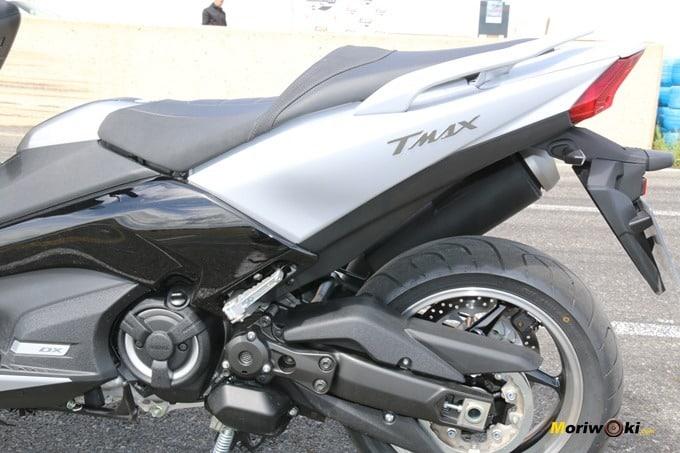 Lateral trasero de la Yamaha Tmax 530 DX.