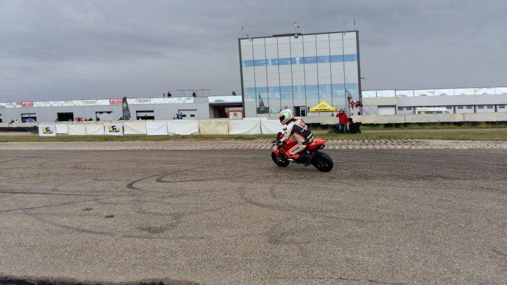 Circuitos Pit Bikes Zona centro. Rodando en Kotarr.