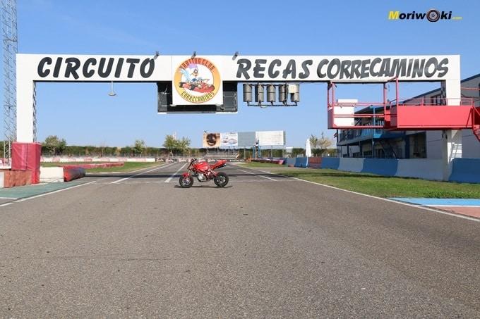 Recta Correcaminos. Circuitos Pit Bikes Zona Centro.