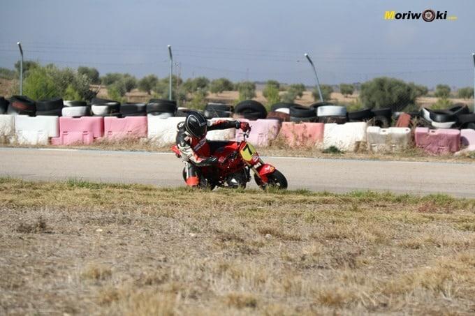 El curvone de Ocaña. Circuitos Pit Bikes Zona Centro.