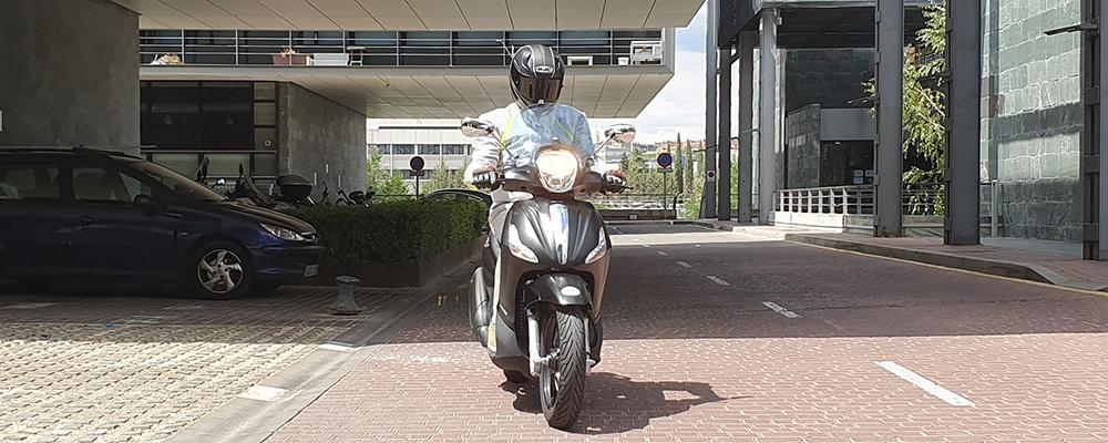 Piaggio Beverly 350 Police, el scooter para motoristas