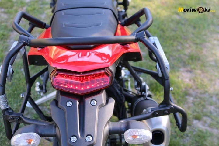 Luces traseras de la Yamaha Tenere 700.