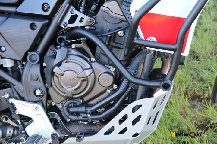 Vista lateral del motor de la Yamaha Tenere 700