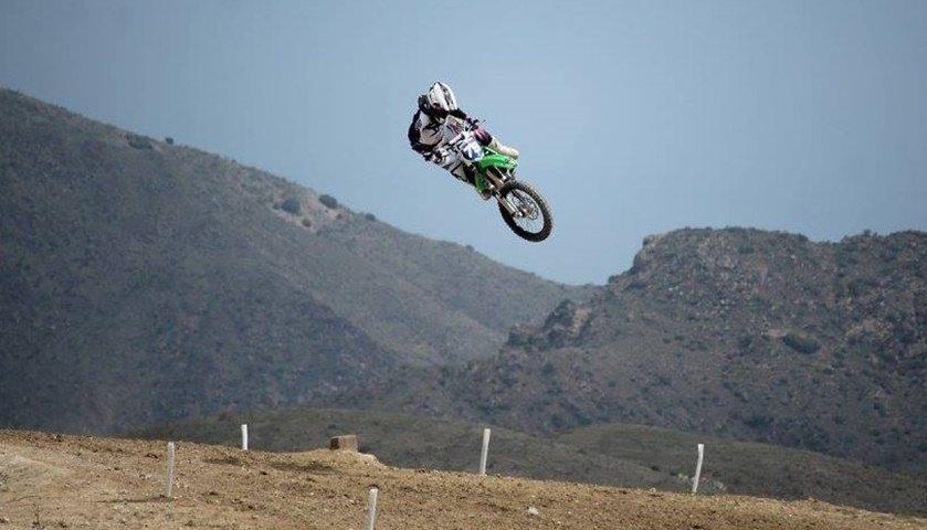 Gabriela Seisdedos Motocross de altura