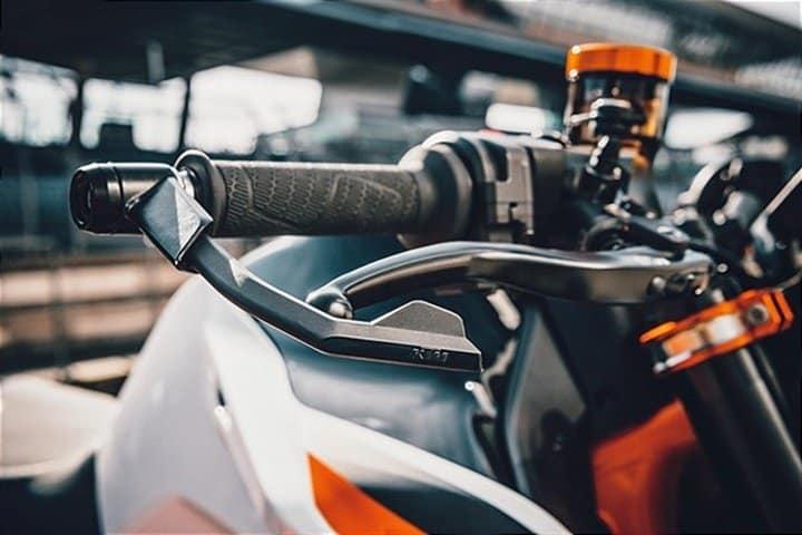 Protector maneta freno KTM 890 Duke R