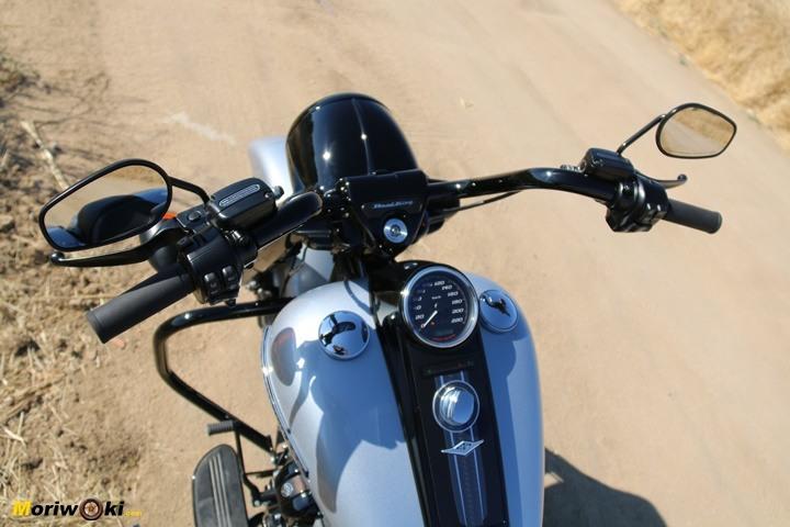 Prueba Harley Road King Special Retrovisores.