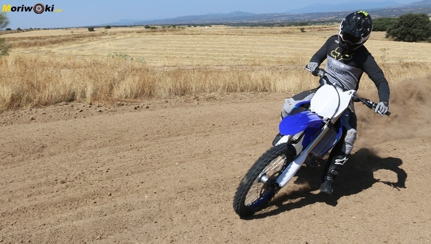 Prueba Yamaha YZF250 cruzada