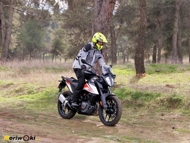 Prueba KTM 390 Adventure. Sobre el barro.
