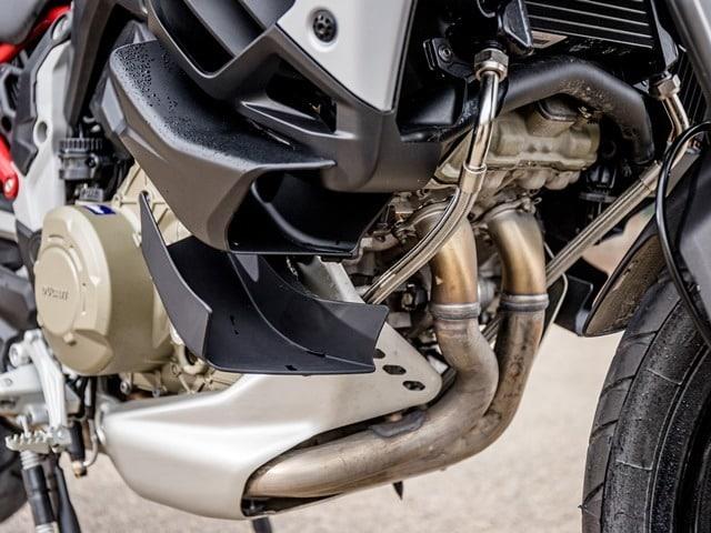 Prueba Ducati Multistrada V4. Colectores