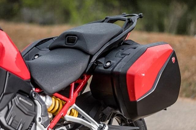 Prueba Ducati Multistrada V4. Maletas