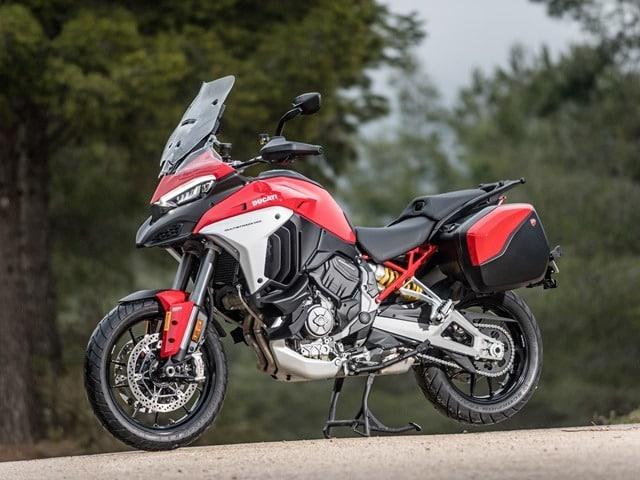 Prueba Ducati Multistrada V4. Perfil izquierdo.