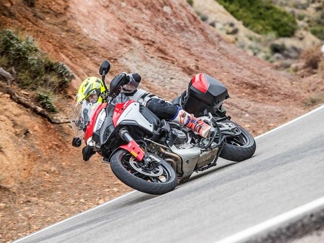 Prueba Ducati Multistrada V4. Perfil off road. Aplomo