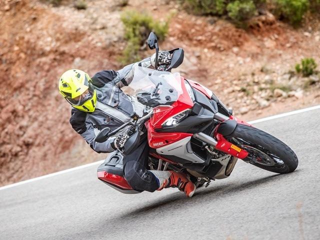 Prueba Ducati Multistrada V4. Perfil off road. Trazada