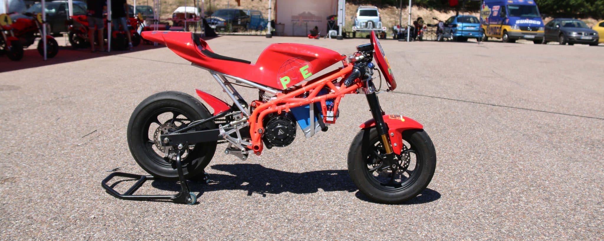 Prueba RAV-E, la eléctrica de lujo en el mundo pit bike